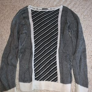 Black and white size small the limited sweater